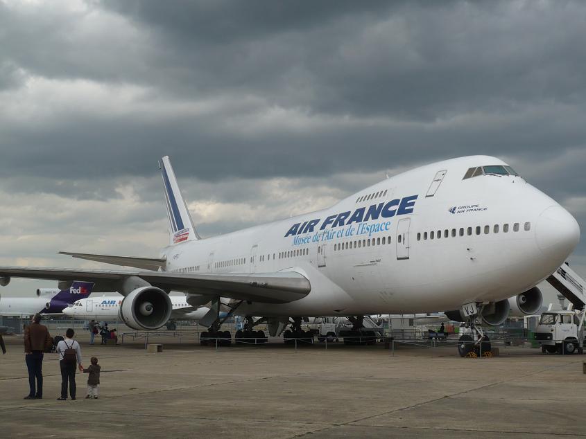 JA débarque au Bourget le 8 mai 2009 - Page 9 Bourget081m