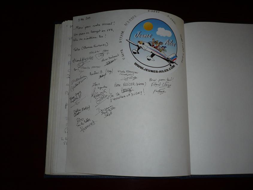 JA débarque au Bourget le 8 mai 2009 - Page 9 Bourget090m
