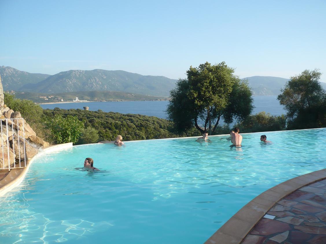 Viva corsica imagin air for Piscine en corse